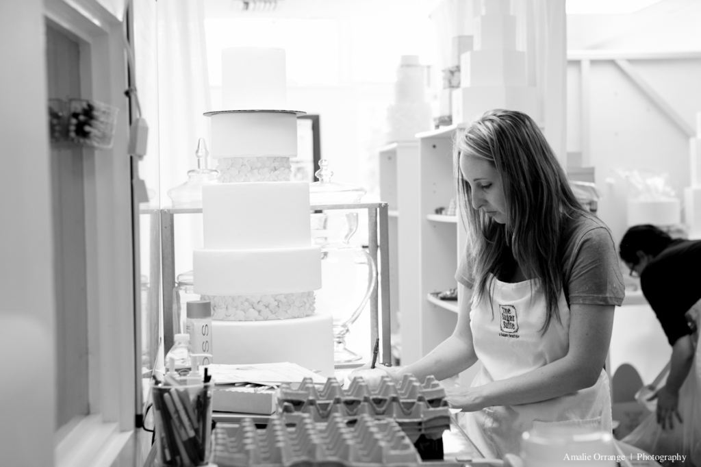 girl working in bakery